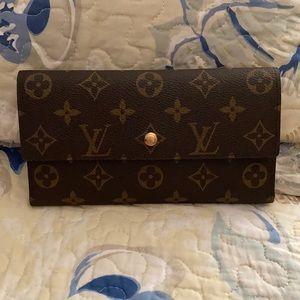 Louis brand new wallet